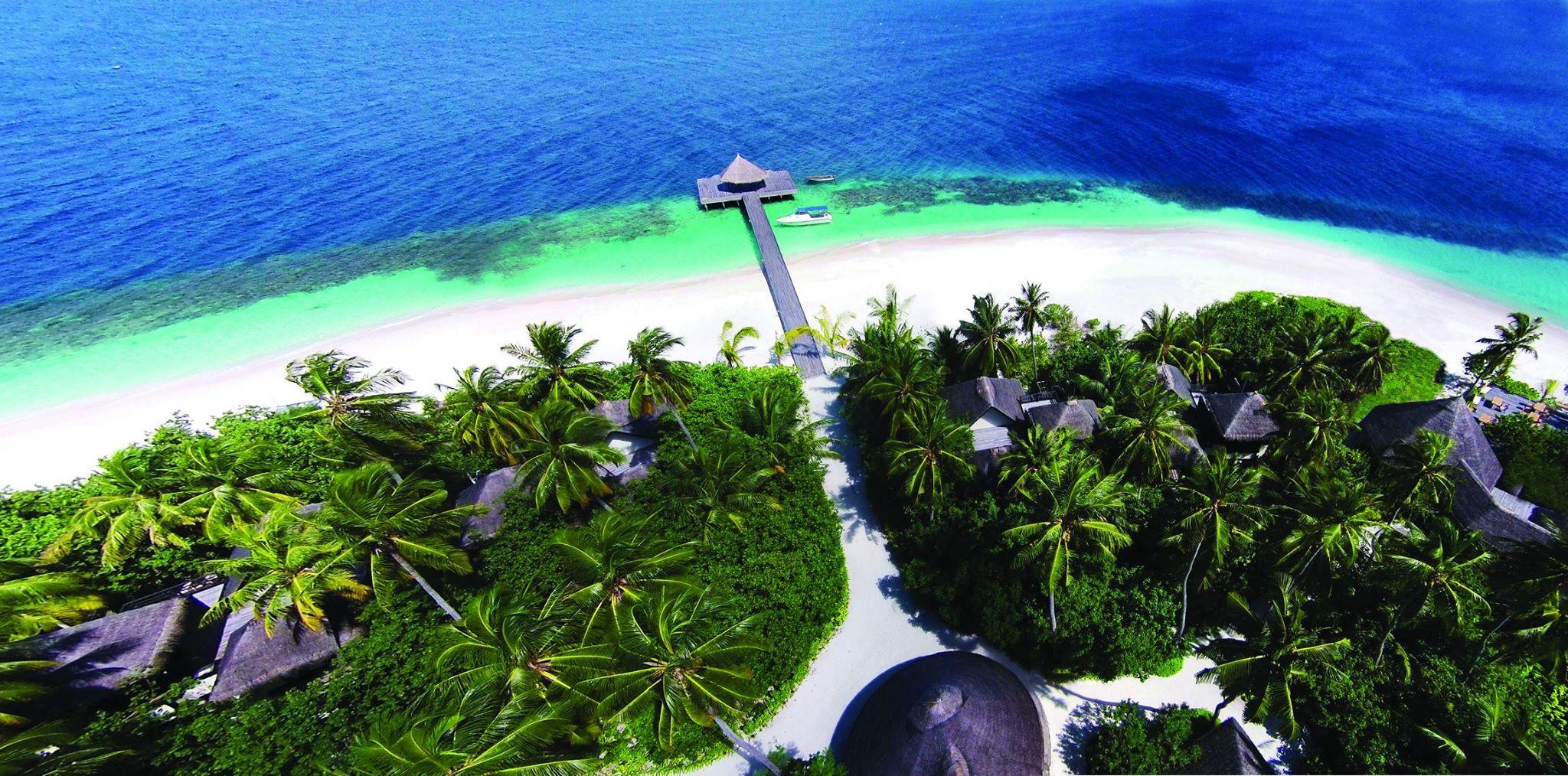 hotels aux maldives trouvez un h tel ou une le pour des. Black Bedroom Furniture Sets. Home Design Ideas