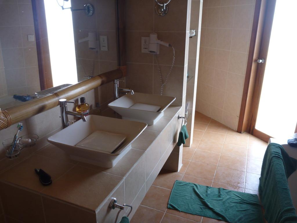Salle De Bain Bungalow ~ salle de bain d un bungalow pilotis construction 2009